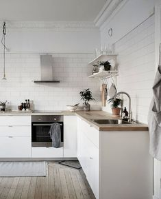 HOUSE TOUR: SWEDISH LIVING