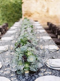 Beautiful Tables at Rehearsal Dinner, Photo By @Eric Lee Kelley #mexico #destinationwedding www.eastonevents.com