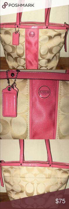 Coach Handbag Coach Handbag (Authentic) excellent condition! Coach Bags Shoulder Bags