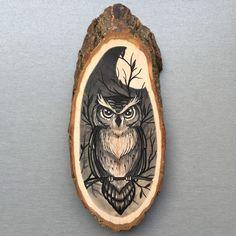 Wood slice with an original drawing of an owl door Inkspirednl