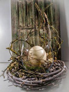 Mancher Eiertanz zuckt hoch! :-) #Osterdeko #Straußenei #Nest #Rebenring #Raumschmuck #Floristik  EBK-Blumenmönche Blumenhaus – Google+