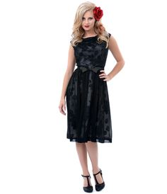 1950s Authentic Vintage Black & Floral Sleeveless Chiffon Swing Dress - Unique Vintage - Prom dresses, retro dresses, retro swimsuits.