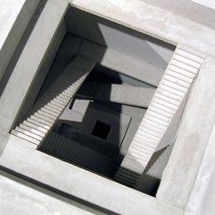 Renato Nicolodi - sculptures - ATRIUM I (V)
