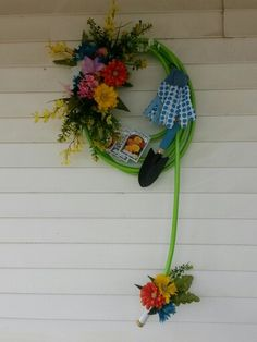 Waterhose wreath I made today..first one I think it turned out pretty good