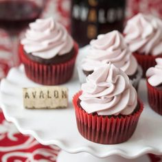 Chocolate Red Wine Cupcakes with Red Wine Buttercream - an ideal pairing that would be perfect for your Valentine! Wine And Cheese Party, Wine Tasting Party, Yummy Treats, Sweet Treats, Yummy Food, Cupcake Icing, Cupcake Cakes, Cupcake Recipes, Dessert Recipes