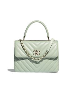Handbags of the {collectionName} CHANEL Fashion collection : Small Flap Bag with Top Handle, lambskin & gold-tone metal, green on the CHANEL official website.