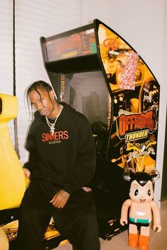 Listen to every Travis Scott track @ Iomoio Travis Scott Iphone Wallpaper, Travis Scott Wallpapers, Travis Scott Art, Travis Scott Fashion, Jeremy Scott, Mode Hip Hop, Rap Wallpaper, Astro Boy, Tyler The Creator
