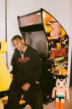 Listen to every Travis Scott track @ Iomoio Travis Scott Iphone Wallpaper, Travis Scott Wallpapers, Travis Scott Art, Travis Scott Fashion, Jeremy Scott, Mode Hip Hop, Rap Wallpaper, Hypebeast Wallpaper, Astro Boy