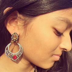 A close up of our Taj #fashion #earrings!   #meghnajewels #fashionjewelry #jewelry #jewellery #jewelrydesigner #designerjewelry #jewelrygram #jewelryaddict #jewelrylover #artisan #handmade #jewelry4life #couture #luxury #joyeria #fashionjewelry #jotd #ootd #gift  #holidayjewelry #earring #shopsmall #shoppingonline #ontrend #instajewelry #holiday #christmas #earring