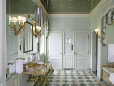 Mill Neck, New York Tudor Bathroom