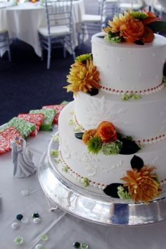 wedding cake - our orange and green wedding details