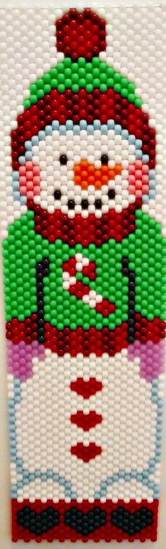 and Handmade Crafts Pony Bead Patterns, Peyote Patterns, Beading Patterns, Cross Stitch Patterns, Beaded Christmas Ornaments, Christmas Crafts, Christmas Ideas, Perler Bead Emoji, Pony Bead Crafts