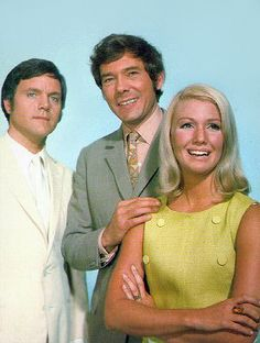 Randall-And-Hopkirk (Deceased) . A quirky tv show. Marty Hopkirk was a ghost who helped Mike Randall his former partner, while steering him away from any romance with his former wife Jeanie! Old Tv Shows, Best Tv Shows, Favorite Tv Shows, Detective Shows, Vintage Television, British Actors, British Comedy, Childhood Days, Television Program