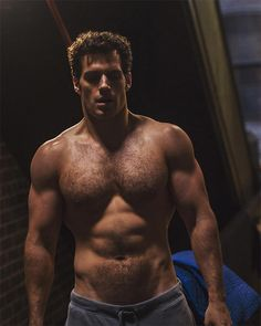 It's a bird! It's a plane! It's a shirtless picture of Henry Cavill! Less than 24 hours after Zac...
