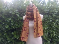 Foulard jaune et rouge tissu africain wax