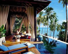 Hidden in a quiet bay on the north west of Koh Samui and set on a tropical, palm tree covered cliff, the Four Seasons Koh Samui Resort, Thailand, perfectly blends in with its spectacular natural environment. The resort in exclusive and peaceful retreat! Could this be your next destination?! Tag someone who you would take here!