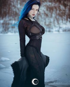 Model: Riae Photo: iNBLACK Dress : Killstar /Harness: Teale Coco Welcome to Gothic and Amazing | www.gothicandamazing.com