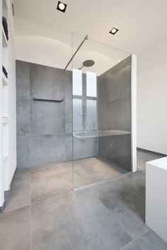 A guide to the types of showers that you can consider when remodeling your bathroom. There is plenty of variety and options for any bathroom. Corian Shower Walls, Bathroom Shower Panels, Shower Tiles, Bathroom Showers, Modern Bathroom Design, Bathroom Interior Design, Bathroom Designs, Shower Remodel, Amazing Bathrooms