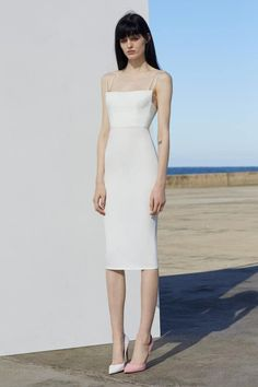 Nadire Atas on Resort Dressing Alex Perry resort 2019 - Vogue Australia Party Dresses For Women, Sexy Dresses, Beautiful Dresses, Evening Dresses, 1950s Dresses, Prom Gowns, Homecoming Dresses, Vintage Dresses, Alex Perry