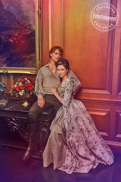 Caitriona Balfe and Sam Heughan did a whole photo shoot for their feature article and covers for Entertainment Weekly's newest issue centering around Outlander. The photo shoot happened in J… Diana Gabaldon Bücher, Diana Gabaldon Outlander Series, Outlander Tv Series, Outlander Season 4, Outlander Quotes, Outlander Casting, The Outlander, Entertainment Weekly, Claire Fraser