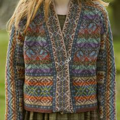Pattern by Marie Wallin Fair Isle Knitting Patterns, Fair Isle Pattern, Knitting Designs, Knit Patterns, Knitting Projects, Tejido Fair Isle, Punto Fair Isle, How To Purl Knit, Boho Outfits