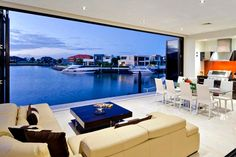 Port view living room? Yes please :)