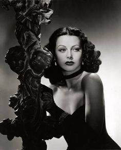 Hedy Lamar: Gorgeous film pic: love the shadows