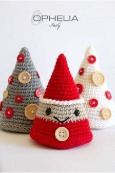 Crochet Patterns Christmas Christmas decorations Amigurumi: tree and Santa Claus Crochet Christmas Decorations, Crochet Decoration, Crochet Christmas Ornaments, Christmas Crochet Patterns, Holiday Crochet, Christmas Knitting, Tree Decorations, Diy Ornaments, Love Crochet
