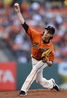 San Francisco Giants' Tim Lincecum works against the Los Angeles Dodgers in the first inning of a baseball game Friday, July 25, 2014, in San Francisco. (AP Photo)