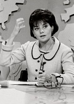 """A young Barbara Walters started on the Today Show as """"The Today Girl,"""" doing women's interest spots (and later did the weather). Hugh Downs was the lead anchor at that time - 1962 Celebrities Then And Now, Young Celebrities, Celebs, Indiana, Barbara Walters, My Legacy, Thing 1, Today Show, Classic Tv"""