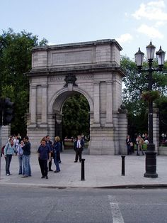 Fusiliers Arch - St Stephen's Green.