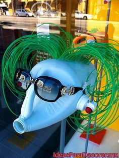 visual merchandising . display design . recycling
