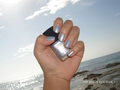 The Beauty Look Book: Chanel Skyline Le Vernis