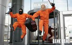 Bank bang , μια διαφορετική ταινία απ την εποχή των δανείων - ROUNDABOUT 2013