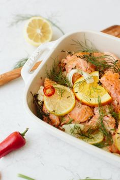 A Salmon Roll Sushi Bowl To Power Up Your Lunch Hour – 7 Easy Dinner Recipes That Even My Husband Can Make - Camille Styles Best Artichoke Recipe, Artichoke Recipes, Baked Salmon Recipes, Seafood Recipes, Cooking Lobster Tails, Salmon Roll, Cooking Jasmine Rice, Crumble Recipe, Cooking Salmon