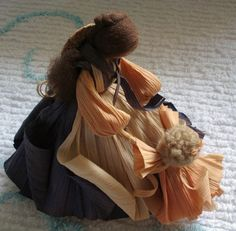 . Corn Husk Crafts, Corn Husk Dolls, Crepe Paper Flowers, Autumn Crafts, Sculpture, Handmade Flowers, Paper Dolls, Karma, Wreaths