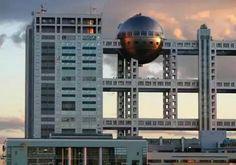 Fuji Televizyon Binası – (Tokyo, Japonya)