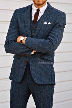 Mens fashion and style - Three Piece Men Suits - yes or no? Gentleman Mode, Gentleman Style, Sharp Dressed Man, Well Dressed Men, Tweed Suits, Mens Suits, Groom Suits, Fashion Mode, Mens Fashion