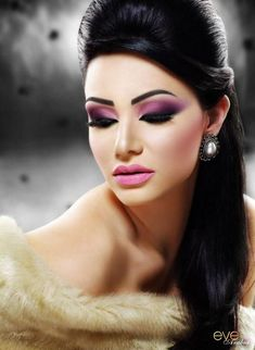 Stunning. Plum smoky eye look with a soft pink lip.
