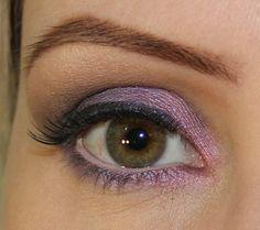 Purple pink eyes