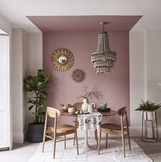 Monday Inspiration: The Power of Paint - Mad About The House - Interior design - Feature Wall Living Room, Living Room Decor, Bedroom Decor, Dinning Room Paint Ideas, Paint Ideas For Bedroom, Living Room Wall Colours, Dining Wall Decor Ideas, Ceiling Paint Ideas, Mauve Living Room