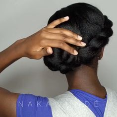 Related posts: 10 Different Hairstyles To Make Your Twist Out Last Longer – Kinky Hair Rocks rastas as protective hairstyles beautiful twits as a protective hairstyle on hair crepus Protective hairstyle! Protective Hairstyles For Natural Hair, Natural Hair Braids, Simple Natural Hairstyles, Protective Styles For Natural Hair Short, Long Natural Hair, Twisted Hair, Natural Hair Tutorials, Pelo Afro, Pelo Natural