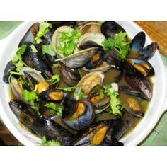 Mussels Portuguese Style - Portuguese Food