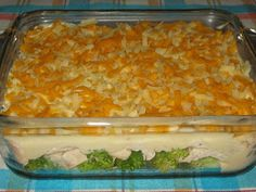 Tagann an t-oideas seo ó bhean deas … Casserole Pan, Casserole Recipes, Hamburger Helper, Yams, How To Cook Chicken, Macaroni And Cheese, Fries, Food And Drink, Favorite Recipes