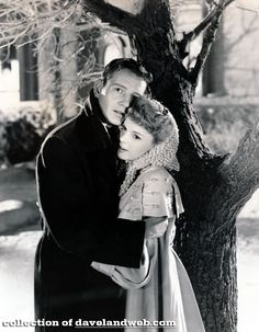 TOM DRAKE AND JUDY GARLAND IN MEET ME IN ST. LOUIS