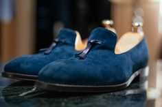 Artizan Classic collection blue suede Loafers #morethanasuit @artizanimage