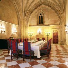 Montaje banquete para #Boda  #ParadorSantiago
