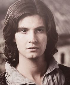 Ben Barnes as Prince Caspian- don't really like Caspian but I love this picture of him!