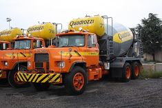 Mack Trucks, Dump Trucks, Cool Trucks, Big Trucks, Mix Concrete, Concrete Mixers, Cement Mixer Truck, Equipment Trailers, Heavy Machinery