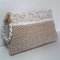 "Elegant beige Handbag - Crocheted Clutch by ""Twist the Cord"" #hakeln"